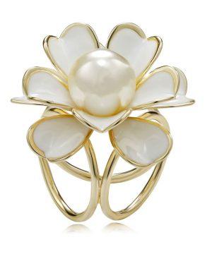 Luxusná ozdoba s názvom Biela perla