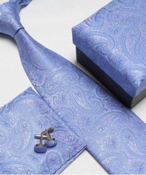 Luxusný kravatový set v svetlo modrej farbe so vzorom
