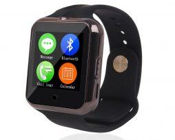 Namakané inteligentné bluetooth hodinky v čiernej farbe