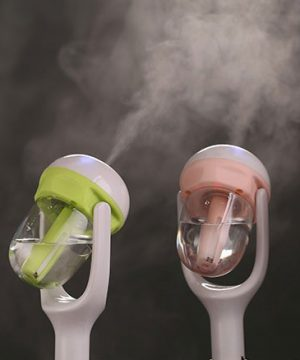 Mini zvlhčovač vzduchu a aromatherapy voňavka do auta