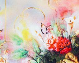 Kvalitná šatka zo 100% hodvábu s pestrými kvetmi