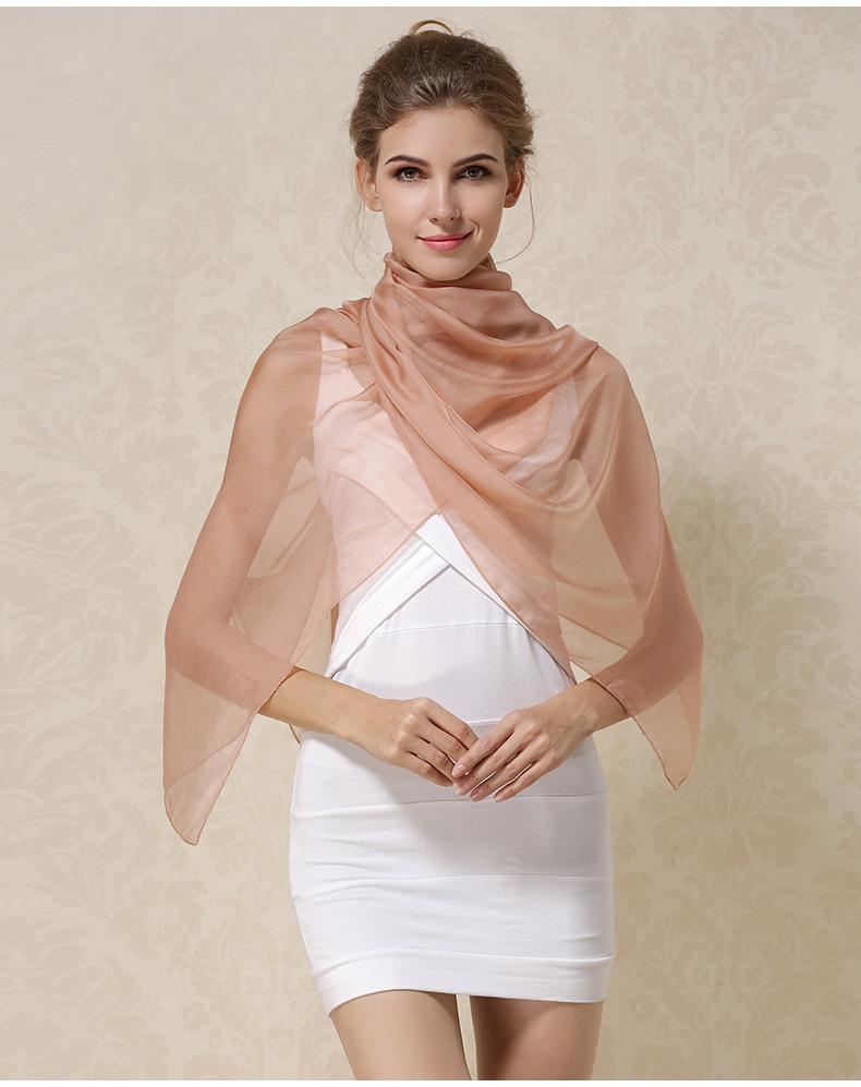 Luxusný veľký hodvábny šál v svetlo hnedej farbe  078a3bcc756