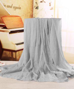 Luxusný veľký elegantný šál v svetlo sivej farbe