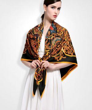 Luxusná hodvábna šatka s motívom Orient 130 x 130 cm