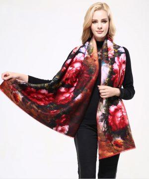 Ručne tkaný šál z kašmíru s motívom kvetov model 01