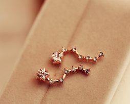 Prepracované piercing náušnice v tvare hviezdičiek