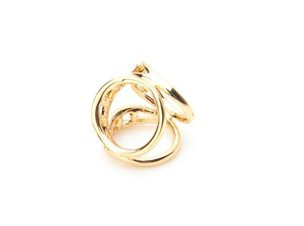 Prsteň na šatku s brúsenými kryštáľmi