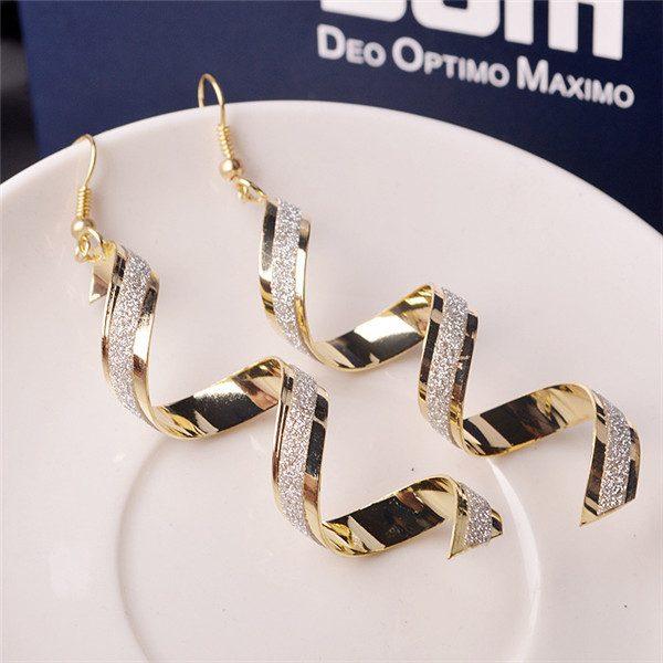 1a059e64d Moderné visiace náušnice v tvare špirály · Luxusné a módne šperky ...