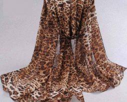 Elegantný šál s leopardím vzorom