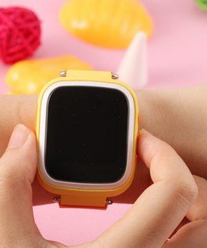Inteligentné GPS hodinky so sledovacím zariadením a SOS pre deti 2.0