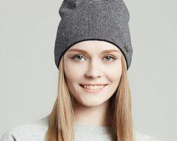 Dámska čiapka z bavlny a vlny vo farbách