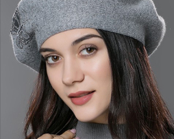 Dámska baretka so vzorom z kašmíru a bavlny