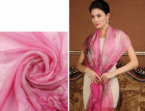 Exkluzívny veľký hodvábny šál v ružovej farbe