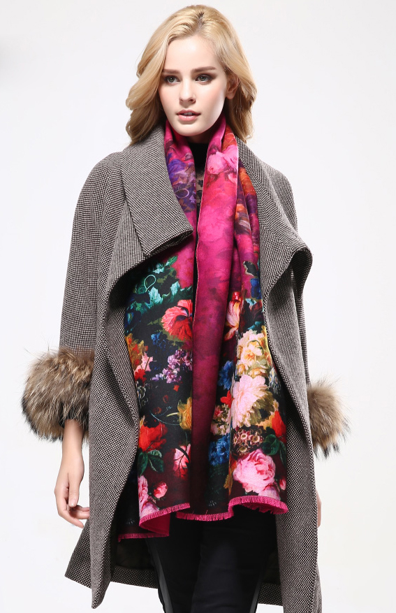 Ručne tkaný šál z kašmíru s motívom kvetov model 05