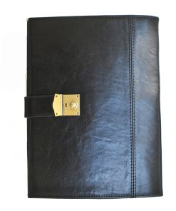 Luxusná kožená spisovka so zámkom na kľúč č.8344 v čiernej farbe