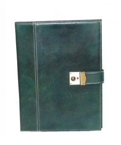 Luxusná kožená spisovka so zámkom na kľúč č.8344 v zelenej farbe