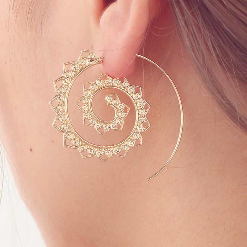 Luxusné naušnice v tvare špirálového kruhu c05fe210ca5