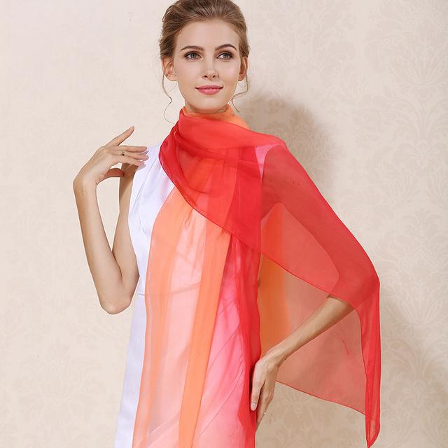 Luxusný hodvábny šál červeno-oranžovej farby, rozmer 185 x 68 cm