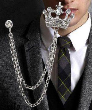 Unikátna brošňa v tvare kráľovskej koruny s kryštálikmi