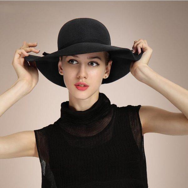 Dámsky klobúk Floppy v rôznych farebných prevedeniach