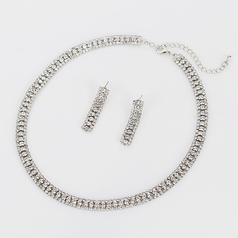 cee272e0d Luxusný kryštálový šperkový set - naušnice + náhrdelník · Luxusné a ...