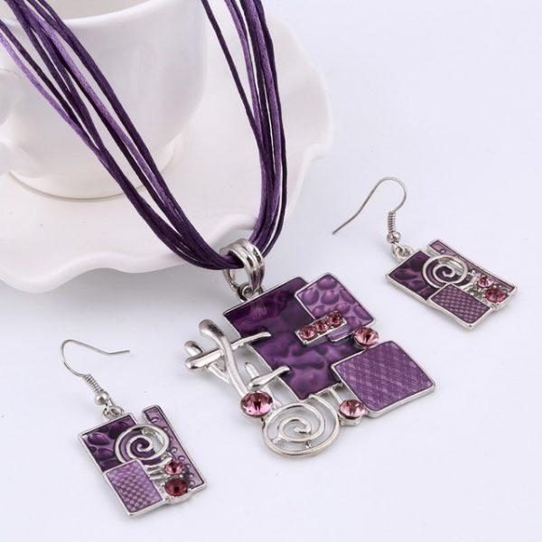 Luxusný šperkový set s výnimočným dizajnom v rôznych farbách