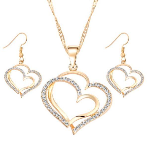Luxusný šperkový set v tvare srdiečka s kryštálikmi v rôznych farbách