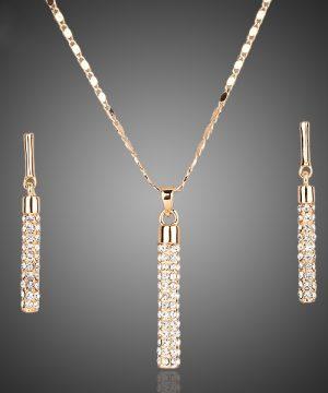 Luxusný šperkový set v zlatej farbe s kryštálikmi
