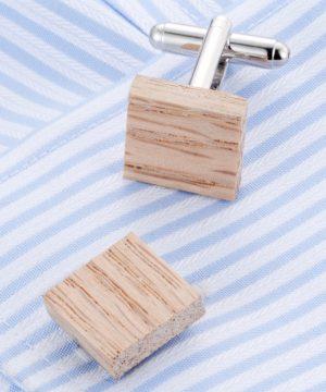 Elegantné manžetové gombíky v drevenom prevedení