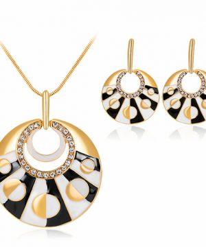 Elegantný šperkový set - naušnice + náhrdelník, v tvare kruhu v dvoch rôznych farbách