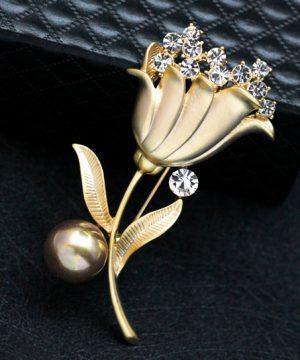 Luxusná brošňa v tvare tulipánu s kryštálikmi a perlou v dvoch rôznych farbách