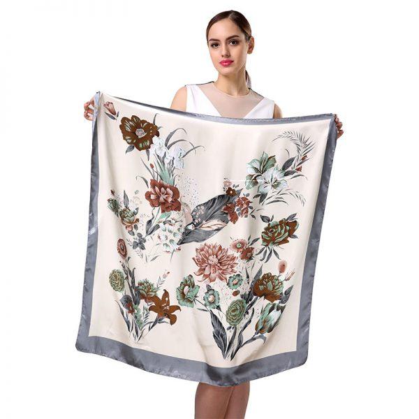 Luxusná dámska šatka s nádherným kvetinovým vzorom, 90 cm x 90 cm