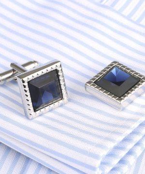 Luxusné manžetové gombíky v striebornej farbe s modrým kryštálom
