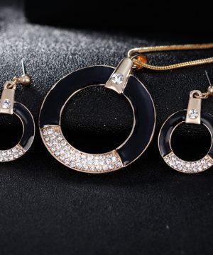 Luxusný šperkový set - naušnice + náhrdelník, v tvare kruhu s kryštálikmi