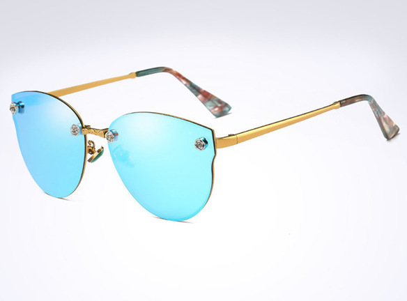 Moderné elegantné dámske slnečné okuliare v modro-zlatej farbe