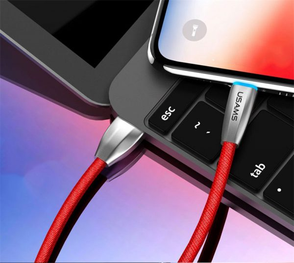 Odolný lightning nabíjací kábel s LED osvetlením, 120cm, textilný v červenej farbe