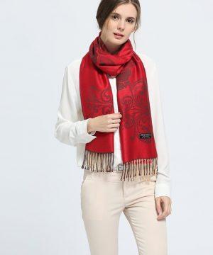 Elegantný dámsky šál z kašmíru so vzorom v červenej farbe, č.3