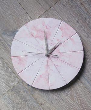 Ručne vyrobené nástenné hodiny – Pastel marble