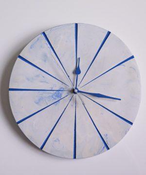 Ručne vyrobené nástenné hodiny – Blue marble