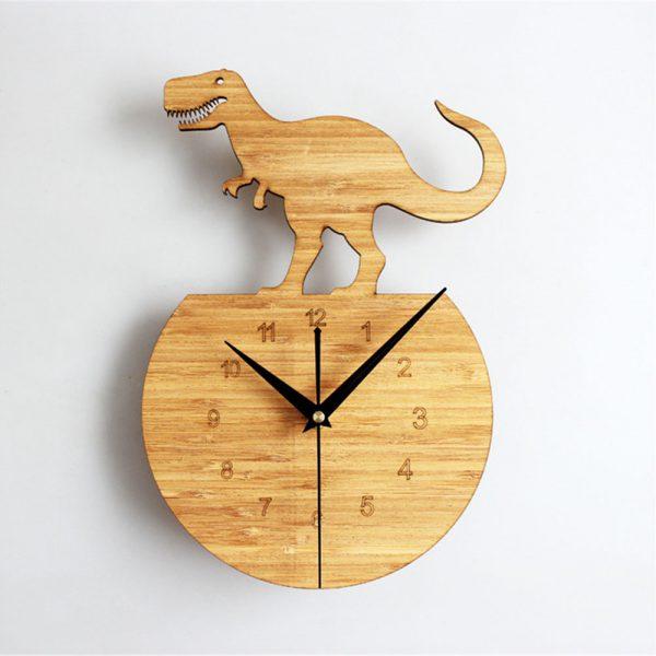 Unikátne drevené nástenné hodiny s dinosaurom