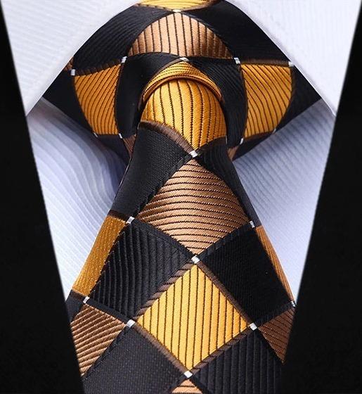 Luxusná kravatová sada - kravata a vreckovka so vzorom v žltej farbe