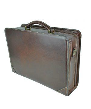 b90f3e210 Luxusná praktická bussines taška na notebook 8676 v čiernej farbe ...