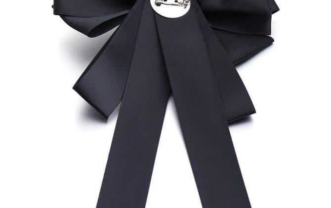 Elegantná brošňa v tvare mašle s ozdobou v rôznych farbách