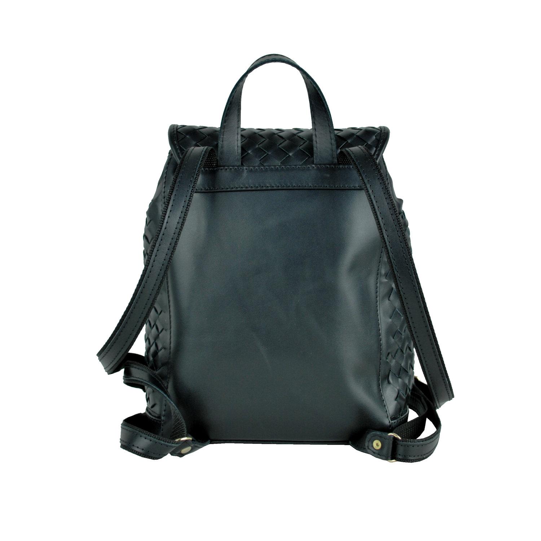 2737f8de6c Ručne pletený kožený ruksak z pravej hovädzej kože č.8739 v čiernej farbe  (6. Ručne ...