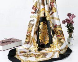 Elegantná dámska šatka v zlato-čiernom prevedení so vzorom