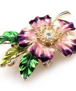 Prepracovaná smaltovaná brošňa prívesok v tvare žiarivého kvetu