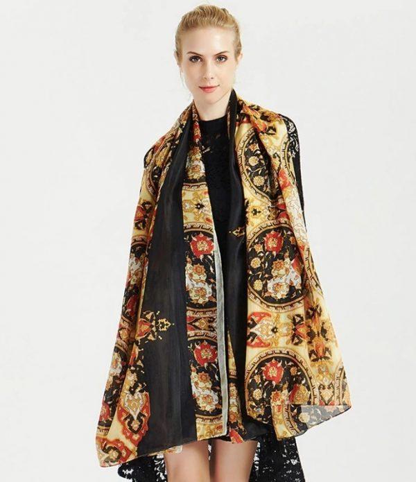Luxusný šál zo 100% hodvábu s prepracovaným orientálnym vzorom