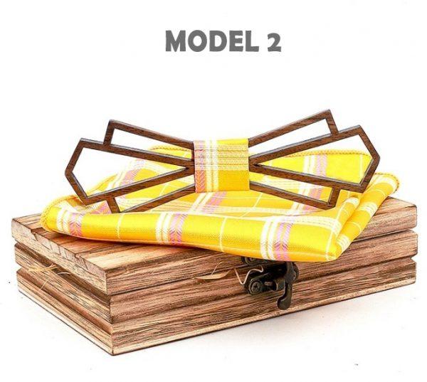 Štýlový drevený motýlik a vreckovka z tmavého orechového dreva