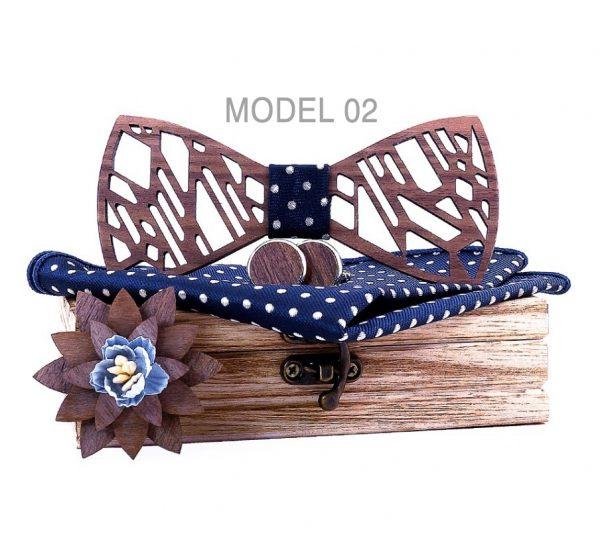 Reliéfny drevený set - drevený motýlik + brošňa + manžety + vreckovka