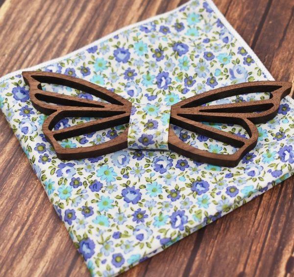 Vyrezávaný drevený motýlik v tvare motýľa s vreckovkou